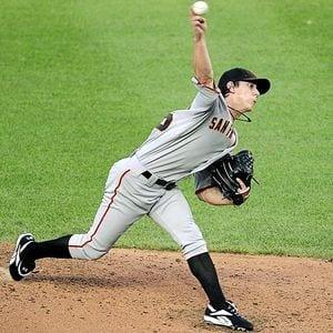 MLB Baseball Betting Predictions, Picks, Trends, Odds, & Lines – Atlanta Braves vs. San Francisco Giants